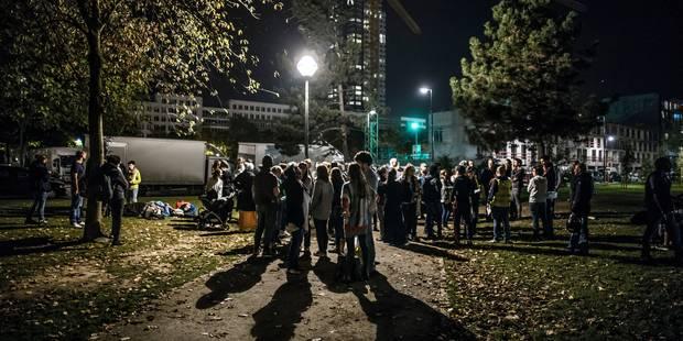 Près de 300 citoyens ont déposé plainte au Comité P pour les migrants du parc Maximilien - La DH