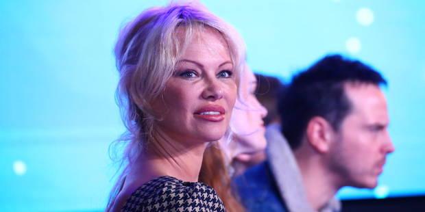 """Victime de harcèlement sexuel, Pamela Anderson conseille aux femmes de faire preuve de """"bon sens"""" - La DH"""