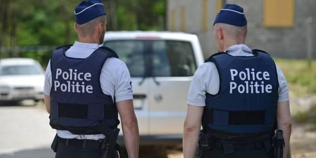 Plusieurs arrestations dans l'enquête sur le corps sans vie retrouvé dans le coffre d'une voiture à Middelkerke - La DH