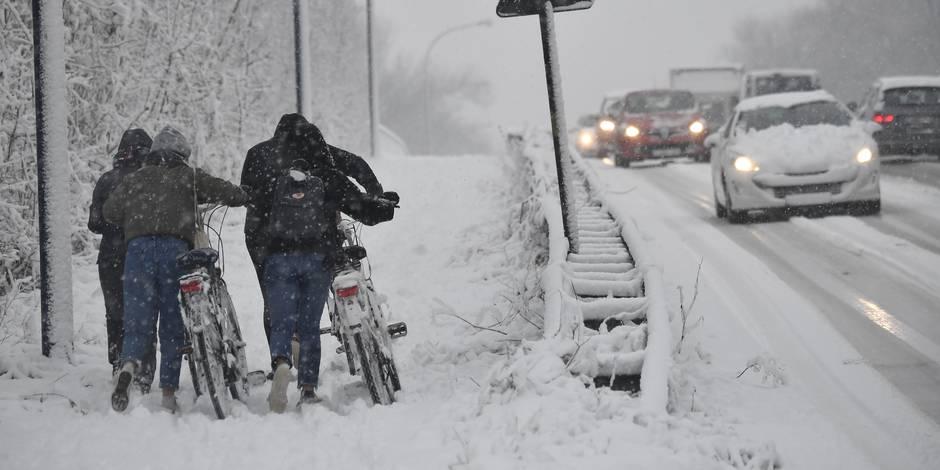 Faut-il imposer les pneus hiver pour tous?