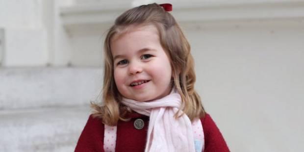 La princesse Charlotte craquante pour son premier jour à la crèche - La DH