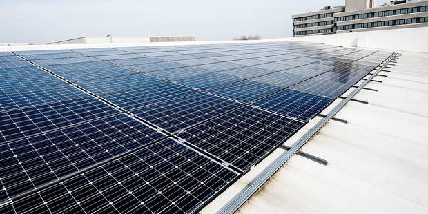 Molenbeek : 3.000 mètres carrés de panneaux solaires sur les toits - La DH