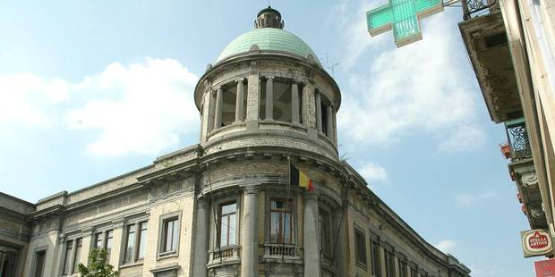 68.000 euros volés à Molenbeek : des auditions ont débuté - La DH