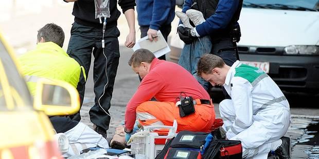 Il avait poignardé un journaliste d'Arte à Charleroi: 8 ans requis - La DH