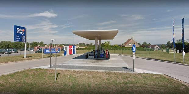 Leuze-en-Hainaut: Elle oublie sa carte de banque à la pompe à essence, une inconnue lui laisse un post-it (PHOTO) - La D...