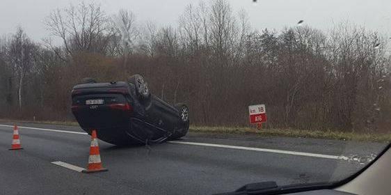 Chaos sur les routes de Mons-Borinage : les accidents se multiplient à cause du verglas - La DH