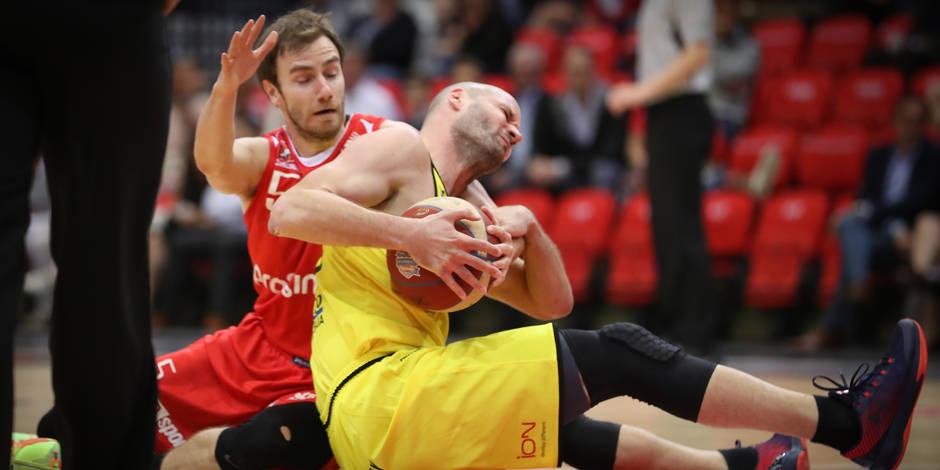 Euromillions League: Mike Smith remet le Brussels sur les bons rails; un Clasico sur fond de polémique